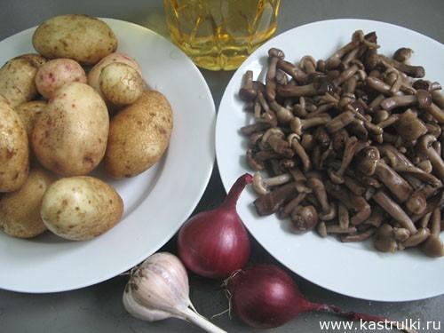 Картошка, жаренная с опятами