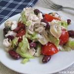 Куриный салат с фасолью и шампиньонами
