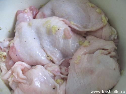 Курица, запеченная с лимоном